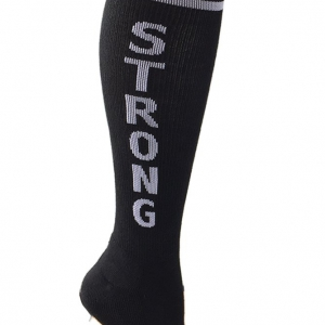 strong-kne-high-socks-hetwodwinkeltje.nl